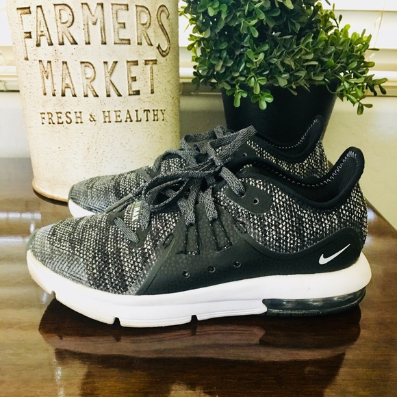 Nike Air Max Sequent 3 Boys Running Shoe